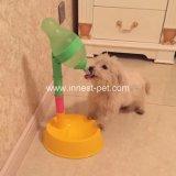 كلب قطع ماء موزّع من محبوب مواد