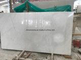 中国の純粋な雪のカウンタートップおよびタイルのための白いヒスイの大理石の平板