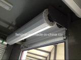 문이 비상사태 구조 트럭 롤러 셔터 소방차에 의하여 위로 구른다