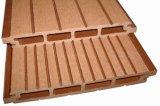 plancher en plastique en bois d'Outfoor de Decking du composé WPC de 158*20mm (LHMA070)