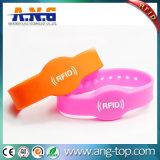 bracelet ultra-léger d'IDENTIFICATION RF de silicones de 13.56MHz C pour la piscine