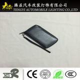 Бумажник черного цвета с мобильного телефона владельца карты