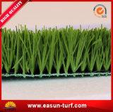Césped artificial al aire libre del balompié de la alfombra de la hierba del deporte verde del fútbol