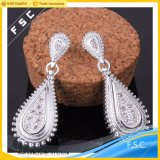 女性の簡単で粋な結婚式の女の子のための銀によってめっきされるジルコンのイヤリング