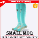 Großhandelsfußball-Socken mit Firmenzeichen-Zoll