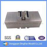 Aangepaste CNC die de Delen van het Staal van het Vervangstuk voor de Vorm van de Injectie machinaal bewerkt