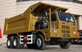 Sinotruck HOWO 10の車輪が付いているダンプまたはダンプカートラックを採鉱する70トン