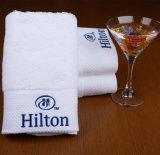 Aangepaste Katoenen van het Borduurwerk Badhanddoek voor Hotel
