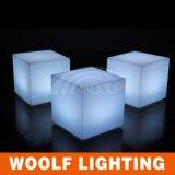 Cubo, asiento, silla, taburete, iluminado, luz, encima, luz, cubo