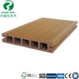 Trou rond extrusion PVC de plein air Co Flooring