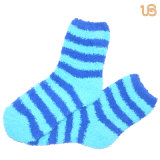 Streifen-flockige Socke der Frauen