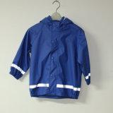 Куртка дождя PU голубого твердого тела сапфира отражательная для детей/комплекта младенца