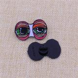 관례 고무 모자를 가진 디자인 연약한 사기질 검정 니켈 Pin