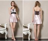 Pijamas de seda atractivos Sy10306802 de la ropa de noche de las mujeres al por mayor de la camisa de dormir