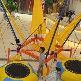 Aufblasbare Trampoline für Kinder im Park