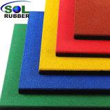 Tegels van de Bevloering van de Speelplaats van de Veiligheid van de kleuterschool de Rubber