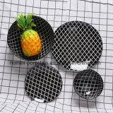 L'ouest de la vaisselle en porcelaine de style définie avec différentes formes