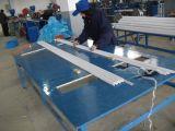 Heißer Verkauf PVC-Eckkorn-Strangpresßling-Maschinen-Preis