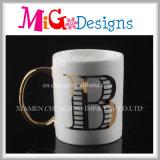 Tazza di vendita calda con le tazze di caffè di ceramica della lettera dell'oro
