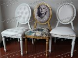 Zwarte Stapelbare Louis Ghost Chair met het Acryl Transparante Kussen van de Achterbank (yc-D87)