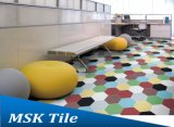 六角形の磁器の壁および床タイル