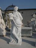 Statua romana dalla scultura di marmo bianca
