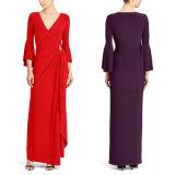 Mit Rüschen besetztes Jersey-Abend-Kleid mit Brosche