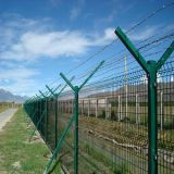 Subir contra la prisión de cerco de malla de alambre galvanizado