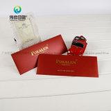 Enveloppe faite sur commande de papier de carte rouge avec le logo contrecarré chaud