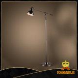 De industriële Bevindende Lamp van het Wapen van de Driepoot van de Staand lamp van het Smeedijzer Flexibele (KABS9098)