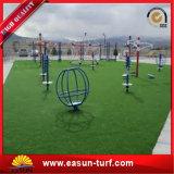 Hierba artificial de los deportes del surtidor 10m m de China para el tenis