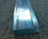 Perfil de aluminio Polished modificado para requisitos particulares de la protuberancia del espejo para las casas del Decrating