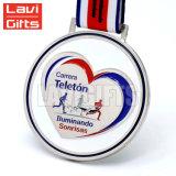 Hot Vente de métal plaqué Or personnalisé Spinning Sport médaille en forme de coeur