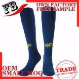 Streifen konzipierte Nylonfußball-Socke der Männer