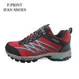 Mode confortable et sports respirables augmentant des chaussures