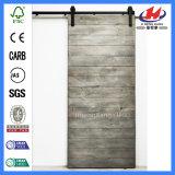 Дверь амбара твердой древесины отлитая в форму от изготовления