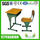 Estudiante de altura ajustable clásico mobiliario escolar de escritorio