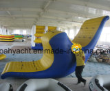 中国のPVCおもちゃに上る一等級のInflableの浮遊スライド水氷山