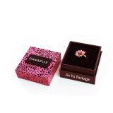 Expérience de l'anneau papier carton cadeau boîtes d'emballage de la fabrication de bijoux
