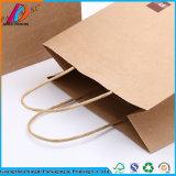 De bruine Zak van het Document van Kraftpapier met Verdraaid Handvat voor Gift