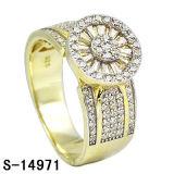 Nuevo chapado en oro micro de señora Ring de la configuración de la plata esterlina de los diseños 925