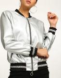 2017 chaquetas metálicas del motorista del cuero del Faux de las mujeres calientes de la venta