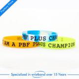Bon marché personnalisé gravé bracelet en silicone pour les filles de souvenirs d'enfants adultes