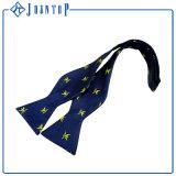 Superiore Auto-Legare le cravatte di seta tessute abitudine