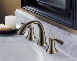 Golpecito de mezclador de cobre amarillo del lavabo de colada del cuarto de baño
