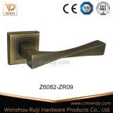 明るいコーヒー家具のハンドル亜鉛Zamakのドアのレバーハンドル(Z6082-ZR09)