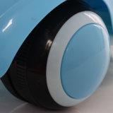 Carro plástico do balanço das crianças dos brinquedos do carro para o passeio da venda no carro