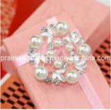 Broche de joyas de perlas Cristal Diamante CZ con broches de Corona de aleación de zinc Materila Plating Silver (PBr-002).