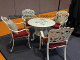 Tabelas retros e cadeiras do lazer do alumínio de molde do vento