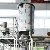 ペットびんのためのプラスチックジュースのびんの満ちるびん詰めにする機械
